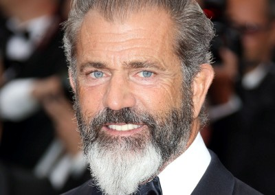 HOW TO GROW A Full BEARD like Mel Gibson