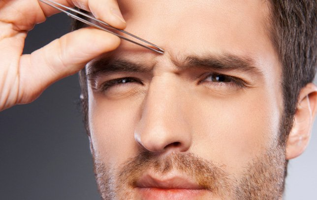 Men Eyebrows tweezing