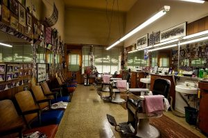 Factors to Consider when Buying a Barber Chair