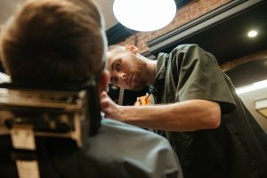 8 Tips to Start Your Career as a Hairdresser or Barber